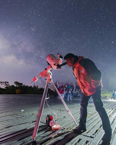 ยุทธ์ | ดาราศาสตร์และเรื่องราวของสิ่งมีชีวิตนอกโลก